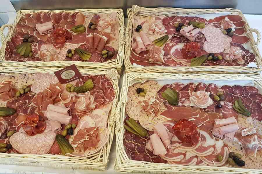 Boucherie du Pont de l'Arc 112 | Boucherie également des fromages, des plats cuisinés, des vins et des produits d'épicerie fine au Pont-de-l'Arc