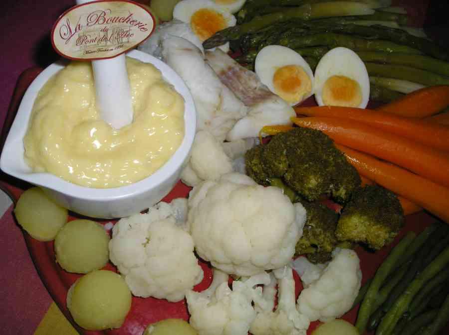 Boucherie du Pont de l'Arc 48   Boucherie également des fromages, des plats cuisinés, des vins et des produits d'épicerie fine au Pont-de-l'Arc