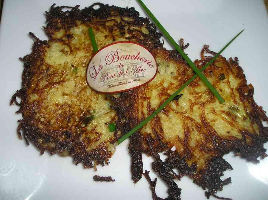 Boucherie du Pont de l'Arc 54   Boucherie également des fromages, des plats cuisinés, des vins et des produits d'épicerie fine au Pont-de-l'Arc