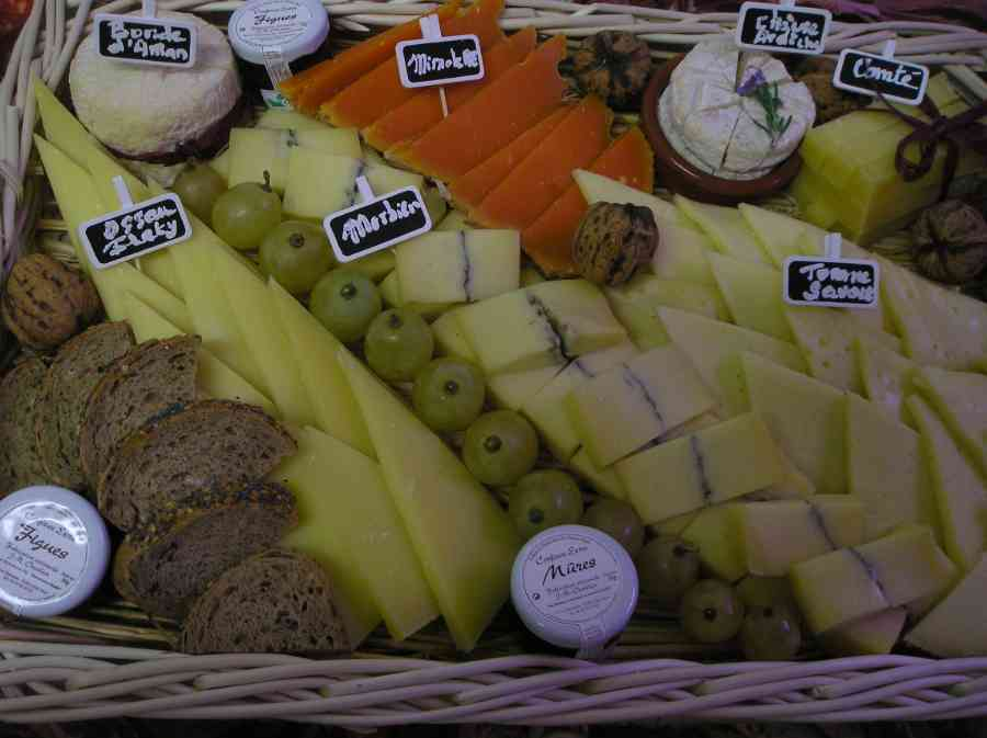 Boucherie du Pont de l'Arc 68   Boucherie également des fromages, des plats cuisinés, des vins et des produits d'épicerie fine au Pont-de-l'Arc