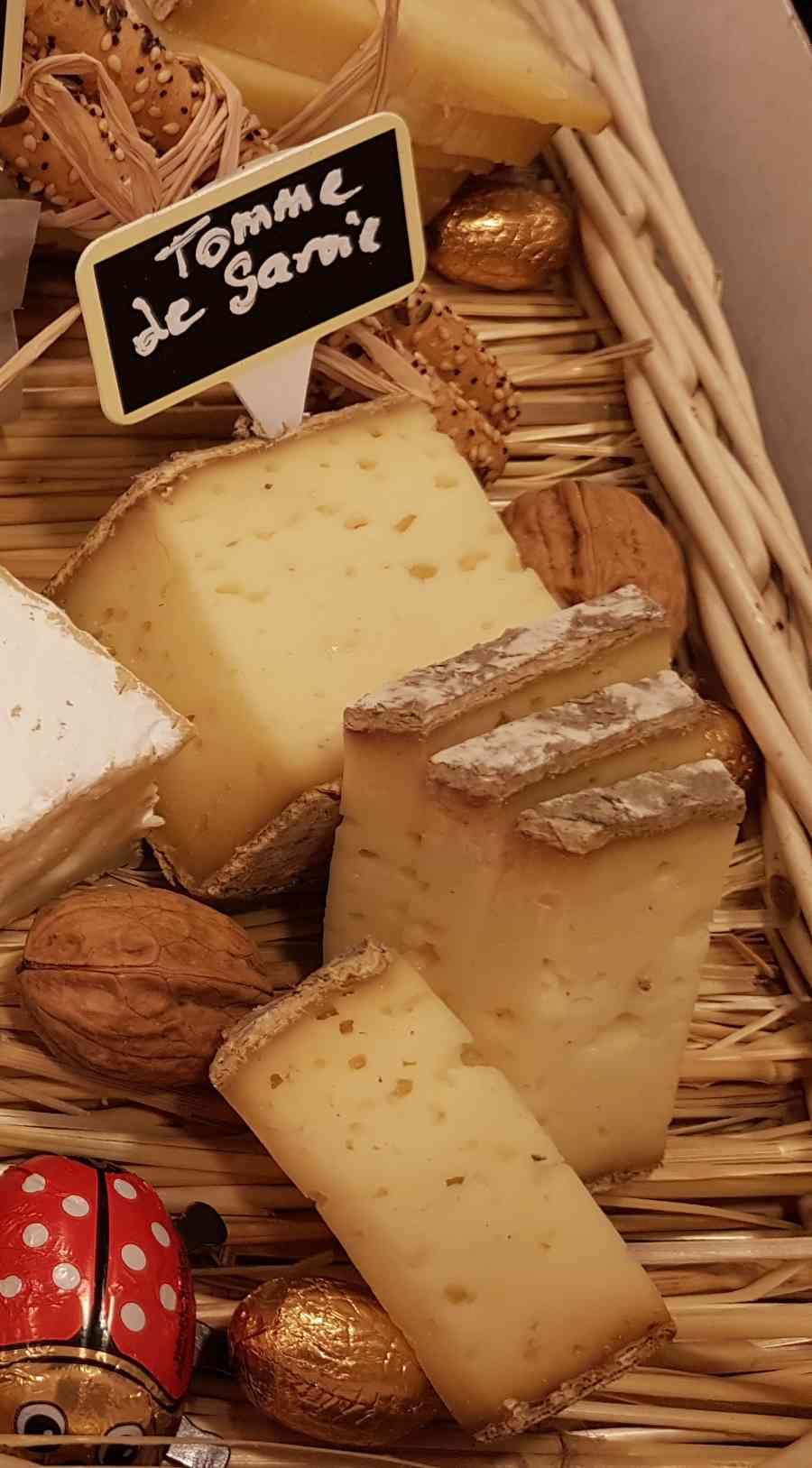 Boucherie du Pont de l'Arc 63   Boucherie également des fromages, des plats cuisinés, des vins et des produits d'épicerie fine au Pont-de-l'Arc