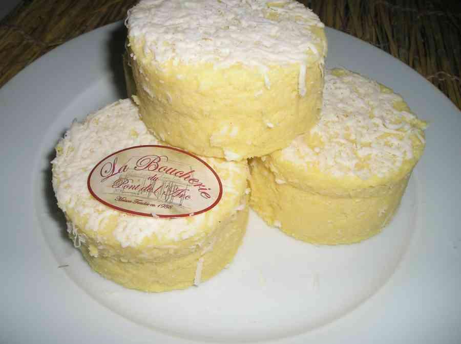 Boucherie du Pont de l'Arc 35   Boucherie également des fromages, des plats cuisinés, des vins et des produits d'épicerie fine au Pont-de-l'Arc