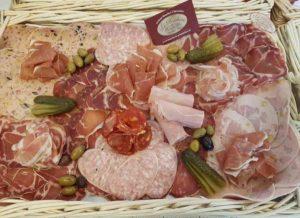 Boucherie du Pont de l'Arc 103 | Boucherie également des fromages, des plats cuisinés, des vins et des produits d'épicerie fine au Pont-de-l'Arc